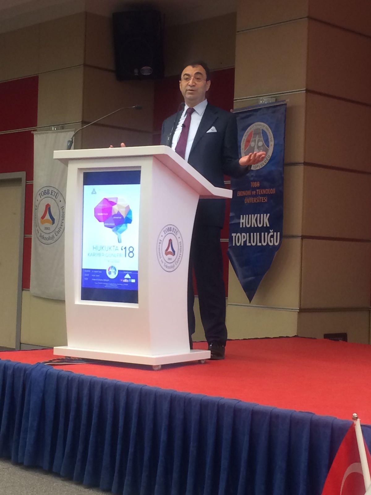 Av. Prof. Dr. Vahit BIÇAK, Hukukta Kariyer Günleri'18 Etkinliğine Katıldı