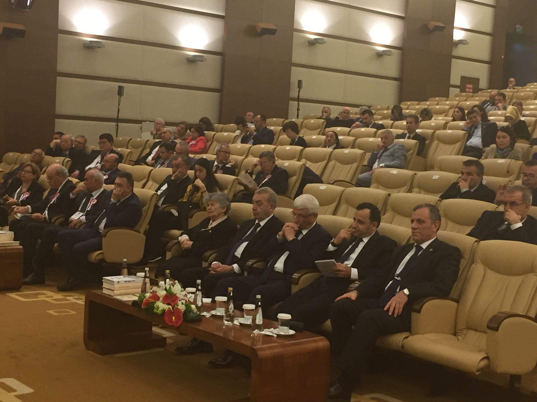 """""""Anayasa Mahkemesinin Kuruluş Yıl Dönümü"""" Kapsamında Sempozyum Düzenlendi"""