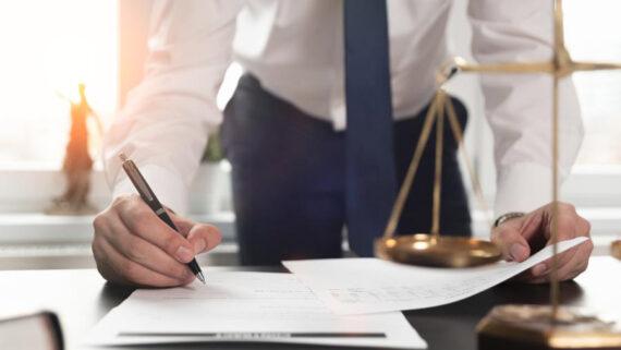 Bıçak Hukuk Ekibindeki Deneyimli ve Uzman Avukat Ortaklarımız