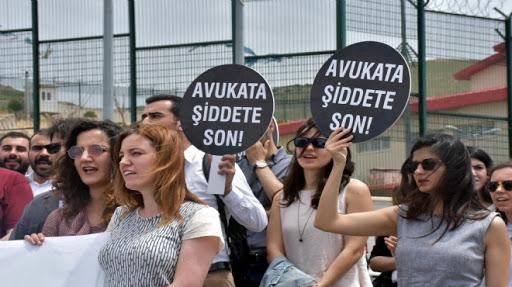 Türkiye'de Avukatlara Yönelik Şiddet